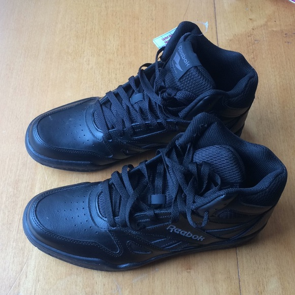 a91d817957a6 Reebok Men s Leather High-Top Basketball shoes